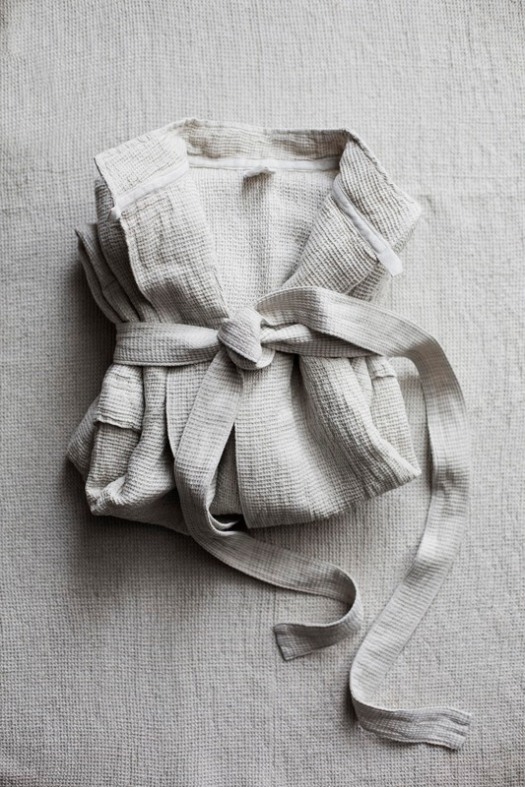 lapuankankurit_terva_bathrobe_linen