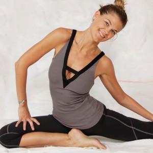 bunaken-reversible-yoga-tank4_1