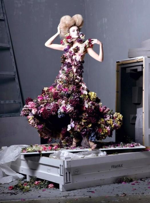 Alexander_Mcqueen_flower_dress-757x1024