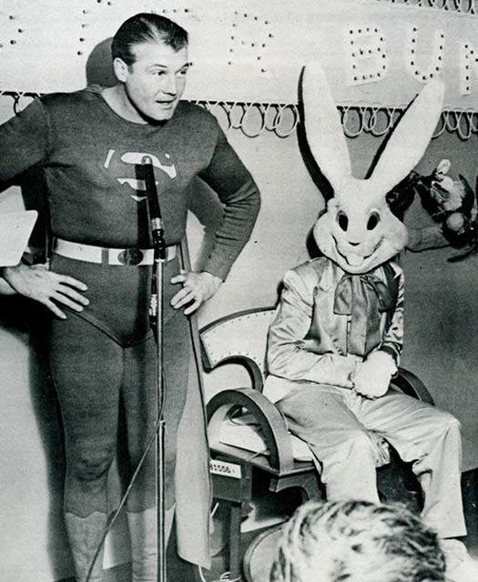 Creepy-Easter-Bunny-Superman