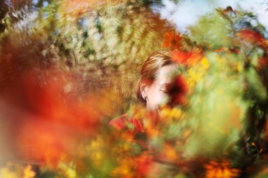 HyvŠ Terveys. 19.9.2011. Anna Karimo siirtolapuutarhapalstallaan Vallilassa. Kuva: Laura Oja
