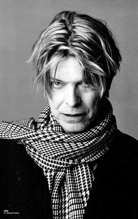 Bowie-david-bowie-348995_800_1268