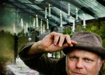 Bo Rappne, vd för Slottsträdgården Ulriksdal och trädgårdsexpert i TV4:s Äntligen hemma. Visar upp sitt växthus.